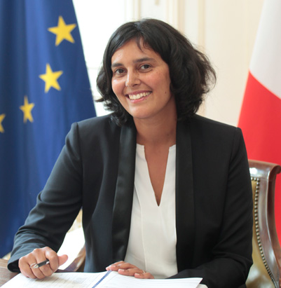 Myriam El Khomri, portrait officiel